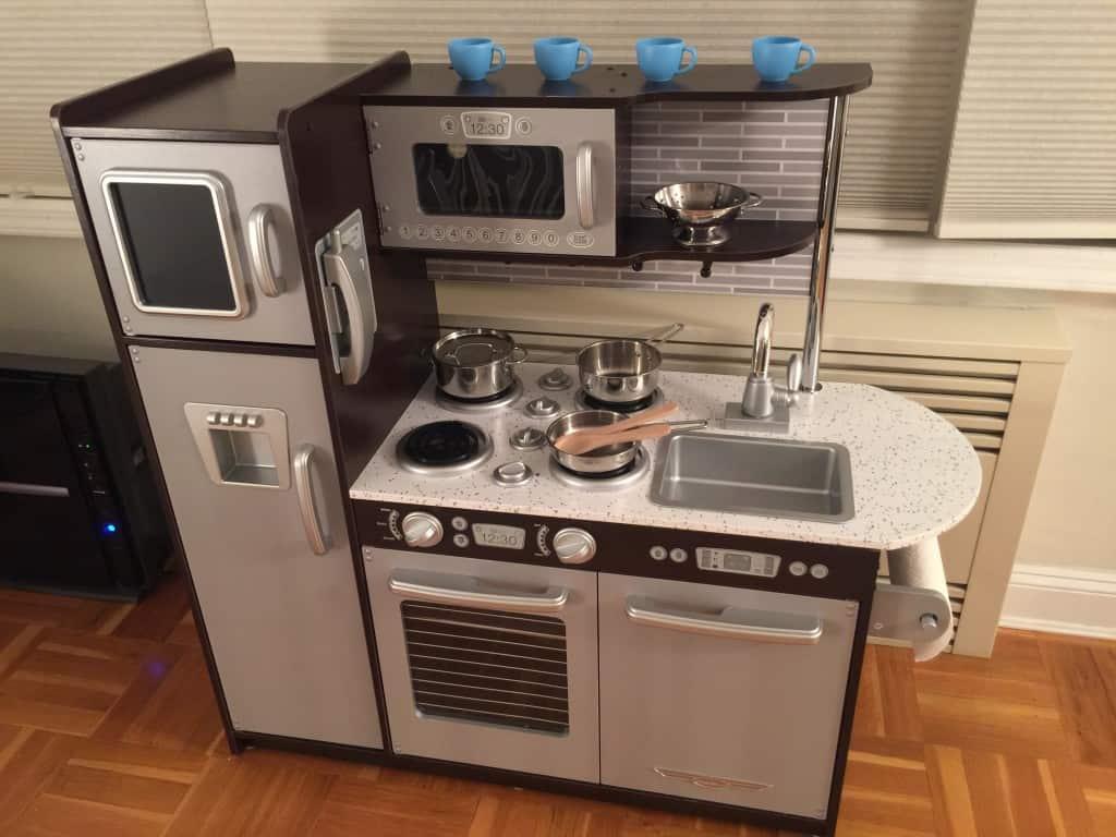 Kidkraft uptown espresso kitchen review first impressions - Cuisine kidkraft espresso ...